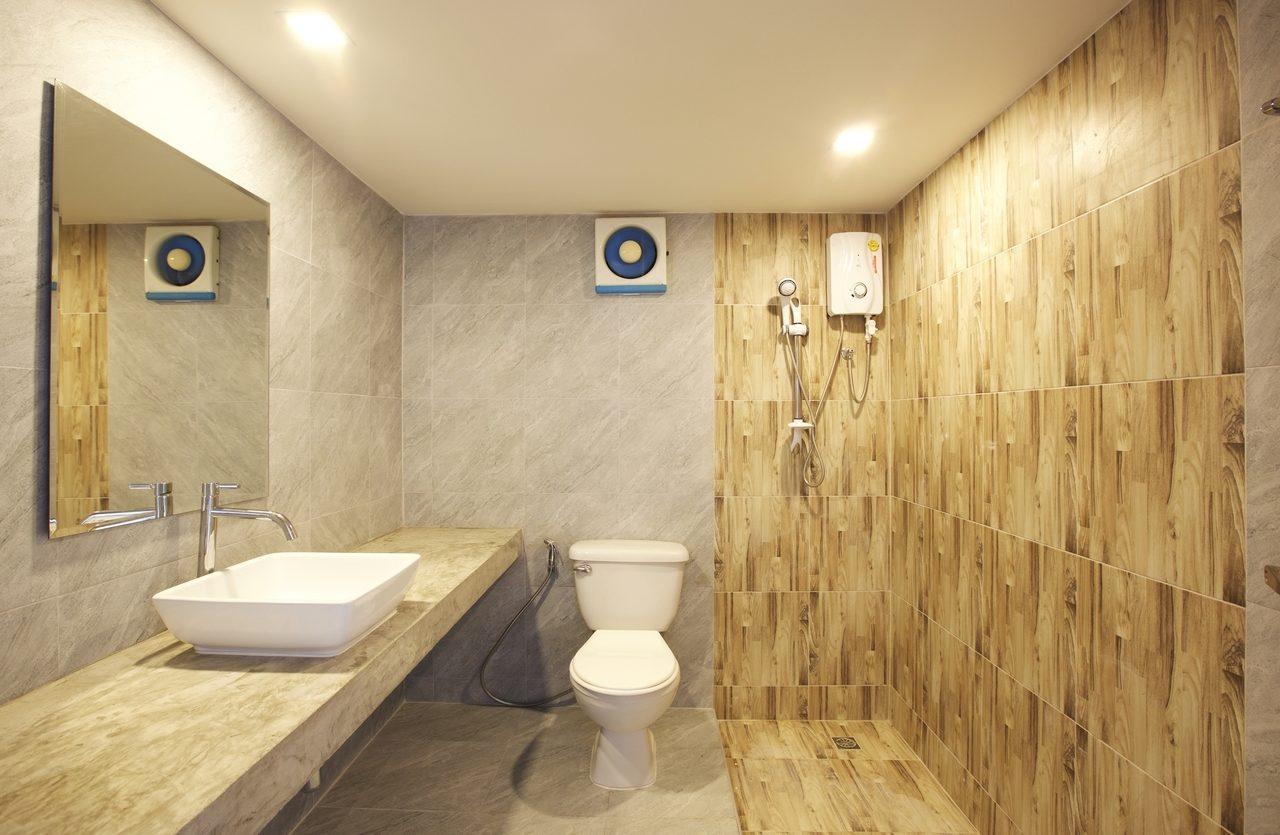 Вентилятор в туалет